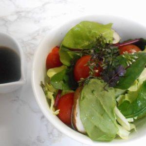 タネツケバナと春キャベツのサラダ